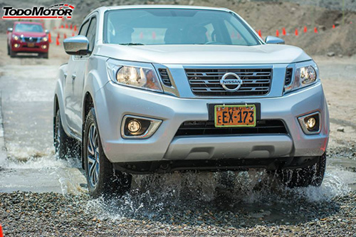 NISSAN-NP300-FRONTIER-PARTE-FRONTAL