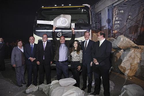 Noche-Volvo2