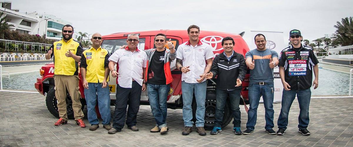 EQUIPO-DE-PILOTOS-TOYOTA-QUE-CORRERAN-EN-CDI-2015