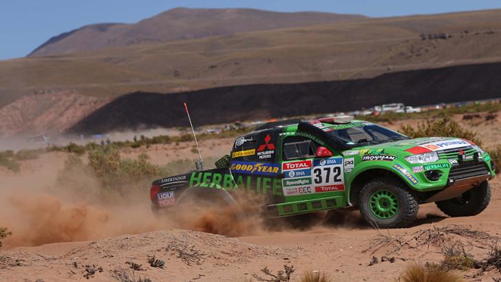 Team peruano Alta Ruta 4×4 concluyó la novena etapa del Rally Dakar 2016 ycontinúa a paso firme en carrera