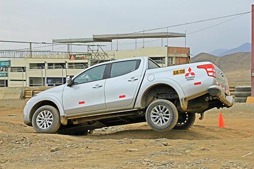 Mitsubishi Motors Pone A Prueba La Potente L200 Dk R