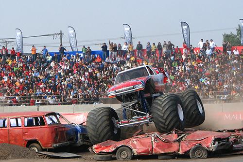monster trucks copia